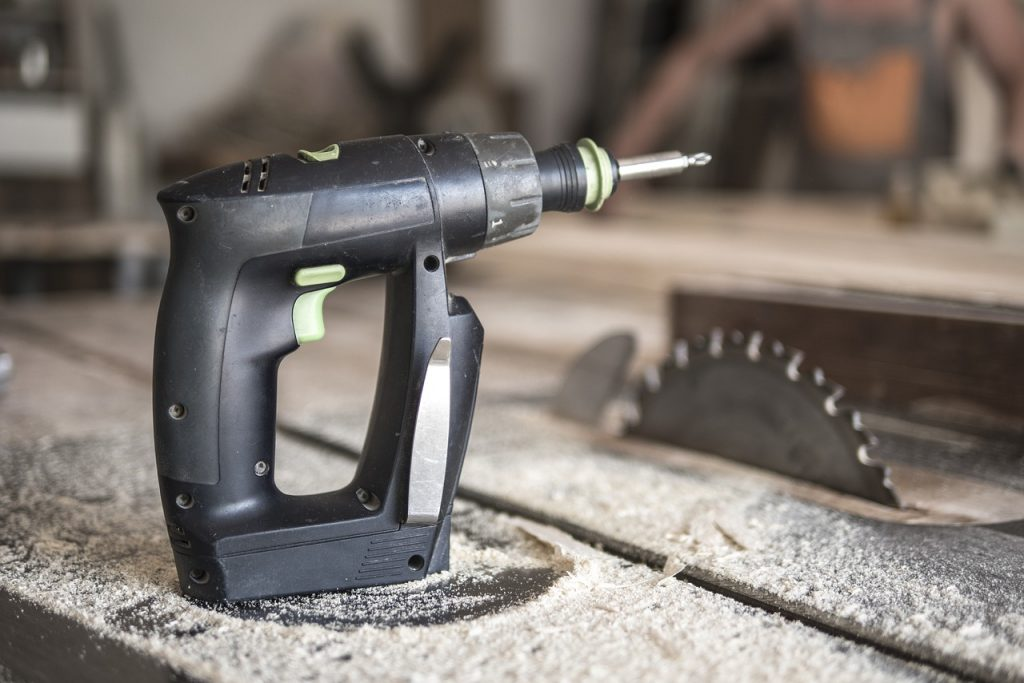 How to Market Woodworking on Instagram